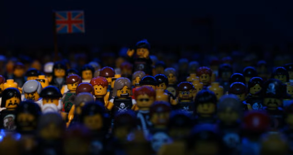 "Iron Maiden`s ""The Wicker Man"" Recreated in Lego"